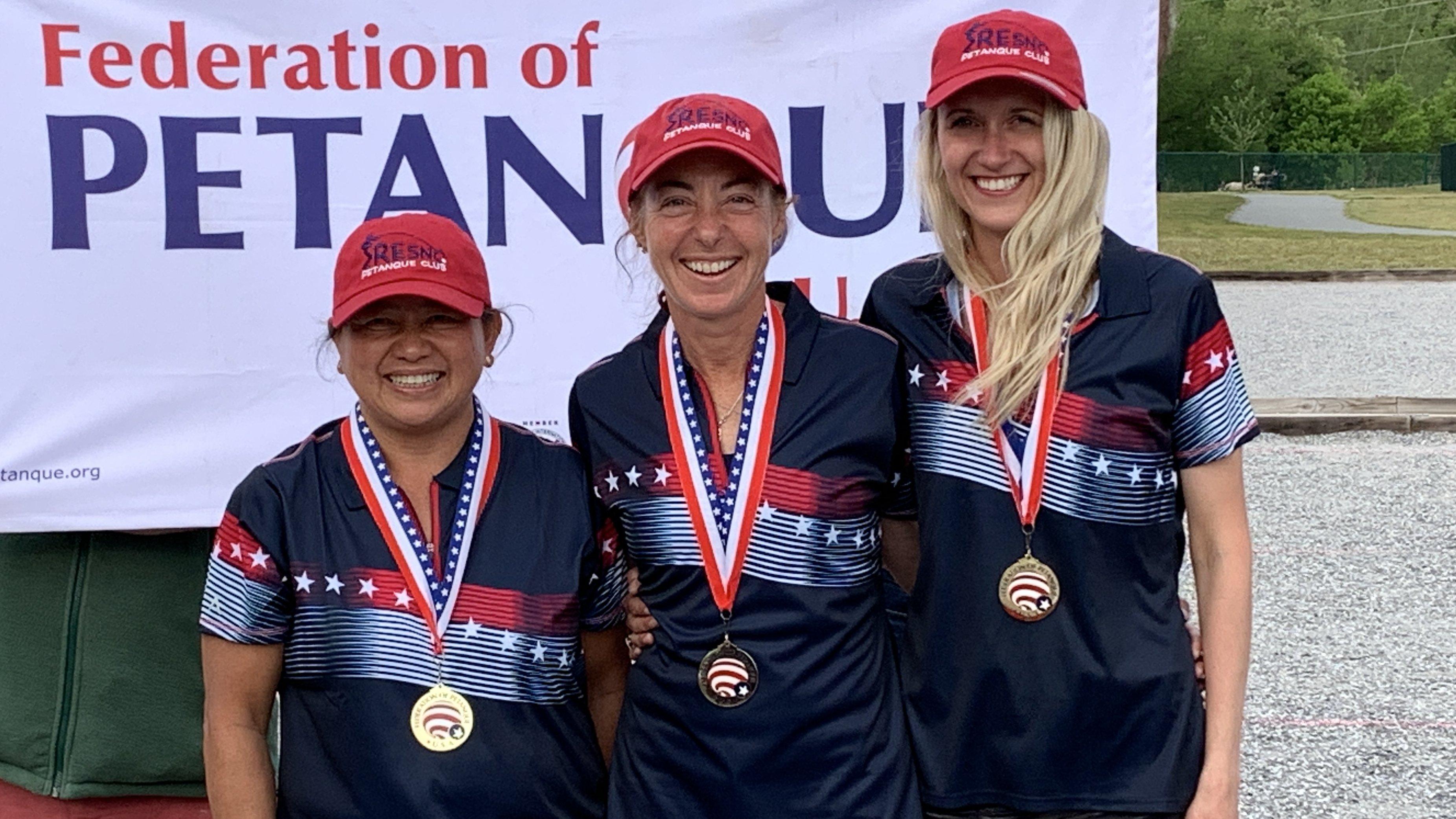 Gold Medal Team Chia Vang, Janice Bissonnette, Alexandra Tisseur